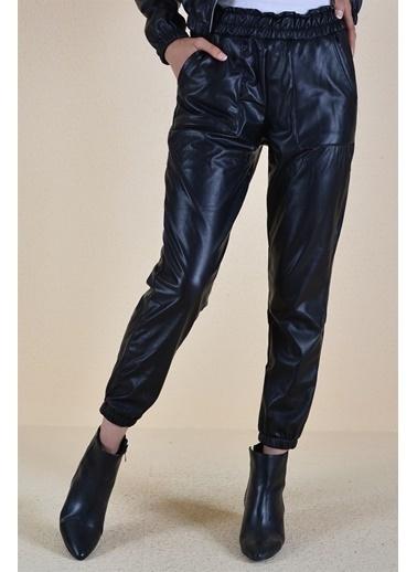 Butikburuç Kadın Siyah Belden Sıkma Model Deri Pantolon Siyah